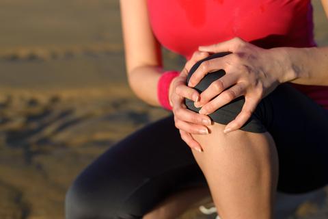3 phương pháp trị đau khớp gối đơn giản hiệu quả 2