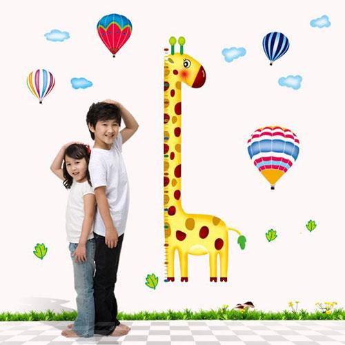 Trẻ chậm tăng chiều cao cũng là một dấu hiệu trẻ suy dinh dưỡng