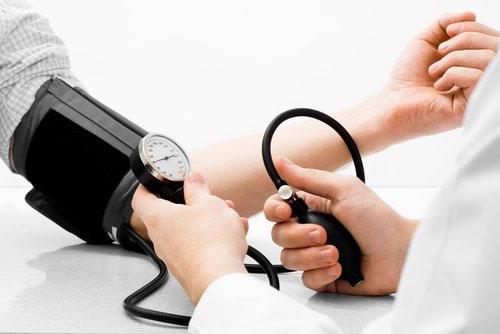 Mức huyết áp trung bình của người bình thường là bao nhiêu