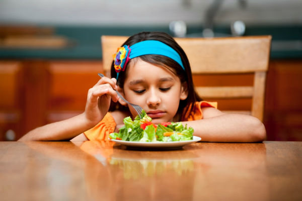Những biểu hiện của trẻ bị suy dinh dưỡng như thế nào