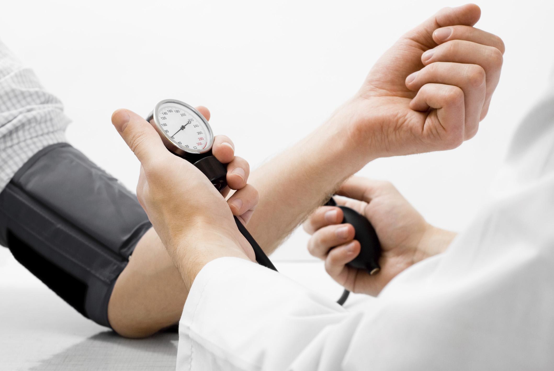 Sai lầm chết người khi sử dụng thuốc điều trị bệnh cao huyết áp  2